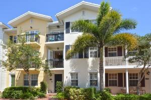 1055 W Heritage Club Circle, Delray Beach, FL 33483