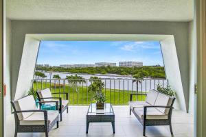 2185 Ibis Isle Road, Palm Beach, FL 33480