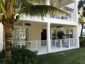 812 Bay Colony Drive, Juno Beach, FL 33408