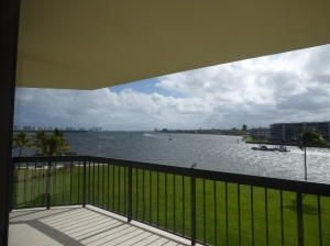 115 Lakeshore Drive Unit: 447, North Palm Beach, FL 33408
