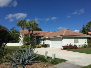 1070 W Lancewood Place, Delray Beach, FL 33445