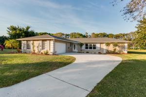 10924 Larch Court, Palm Beach Gardens, FL 33418