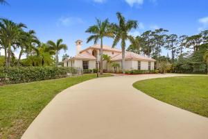7070 Pioneer Lakes Circle, West Palm Beach, FL 33413