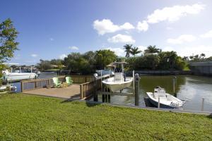 11518 Landing Place, North Palm Beach, FL 33408