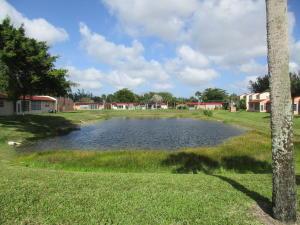 106 Lake Helen Drive, West Palm Beach, FL 33411