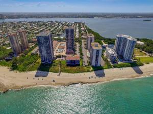 4100 Ocean Drive, Singer Island, FL 33404