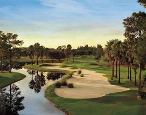 101 Golfview Court, Palm Beach Gardens, FL 33418