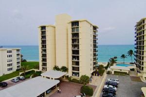 200 Beach Road Unit: 402, Tequesta, FL 33469