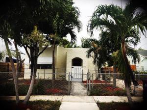 4505 Garden Avenue, West Palm Beach, FL 33405