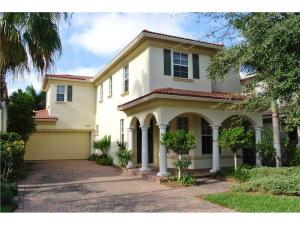 607 Castle Drive, Palm Beach Gardens, FL 33410