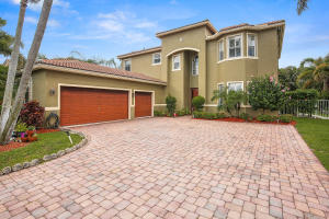6913 Finamore Circle, Lake Worth, FL 33467