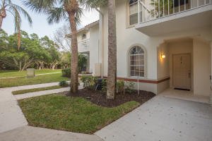 105 Cypress Point Drive, Palm Beach Gardens, FL 33418