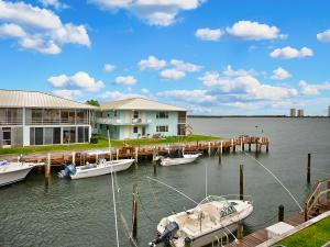 100 Lehane Terrace, 27, North Palm Beach, FL 33408