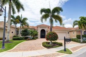 738 Cote Azur Drive, Palm Beach Gardens, FL 33410