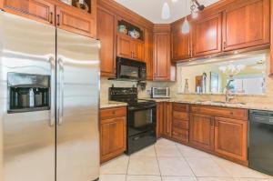 134 Cypress Point Drive, Palm Beach Gardens, FL 33418