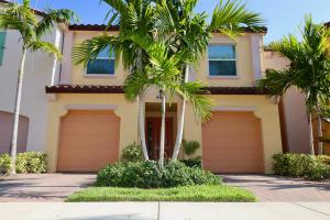 4631 S Mediterranean Circle, Palm Beach Gardens, FL 33418