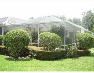 8901 Chapman Oak Court, Palm Beach Gardens, FL 33410