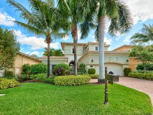 138 Viera Drive, Palm Beach Gardens, FL 33418