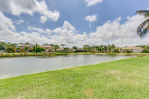10391 Cypress Lakes Preserve Drive, Lake Worth, FL 33449