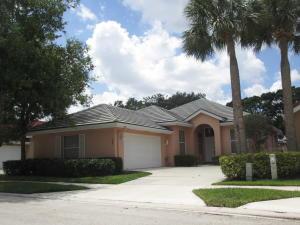 188 Hampton Way, Jupiter, FL 33458