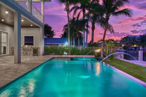 945 Allamanda Drive, Delray Beach, FL 33483