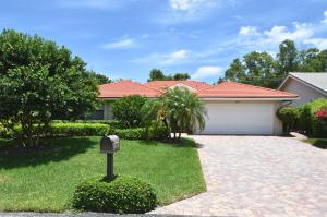 929 Greensward Lane, Delray Beach, FL 33445