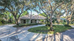 18265 Heritage Drive, Tequesta, FL 33469