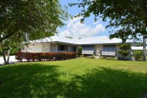 8141 Royal Street, Hobe Sound, FL 33455