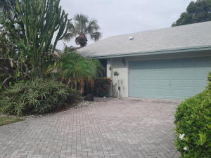 1400 NW 27th Avenue, Delray Beach, FL 33445