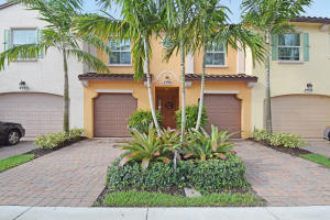 4530 Mediterranean Circle, Palm Beach Gardens, FL 33418