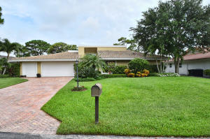 5010 Pineview Circle, Delray Beach, FL 33445