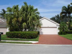 717 Pinehurst Way, Palm Beach Gardens, FL 33418