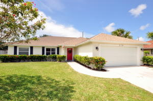 379 Las Palmas Street, Royal Palm Beach, FL 33411