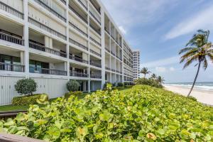 2000 N Ocean Boulevard, 1020, Boca Raton, FL 33431