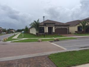 8915 Sea Chase Drive, Lake Worth, FL 33467