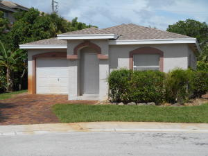 2093 E Ridge Circle E, Boynton Beach, FL 33435