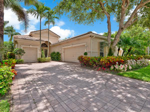 13 Laguna Court, Palm Beach Gardens, FL 33418