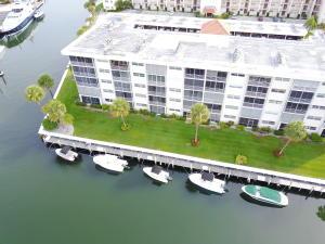 21 Yacht Club Drive, 302c, North Palm Beach, FL 33408