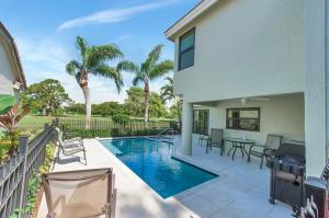 240 Sherwood Forest Drive, Delray Beach, FL 33445