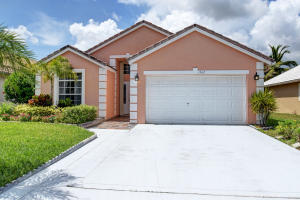 1562 Carriage Brooke Drive, Wellington, FL 33414