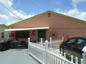 3793 Edwards Avenue, Palm Springs, FL 33461