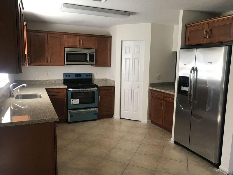 668  Imperial Lake Road  For Sale 10348162, FL