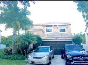 1228 Oakwater Drive, Royal Palm Beach, FL 33411
