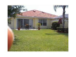 5039 Magnolia Bay Circle, Palm Beach Gardens, FL 33410