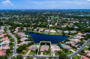 4906 Pineview Circle, Delray Beach, FL 33445