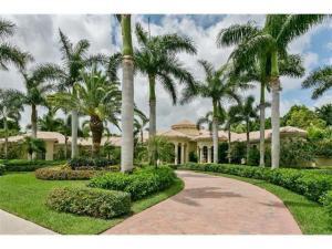 19 Saint Thomas Drive, Palm Beach Gardens, FL 33418