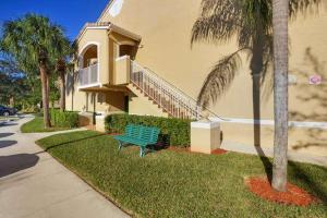 266 Village Boulevard Unit: 6201, Tequesta, FL 33469