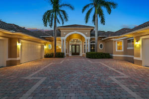 8695 Compass Island Way, Jupiter, FL 33469