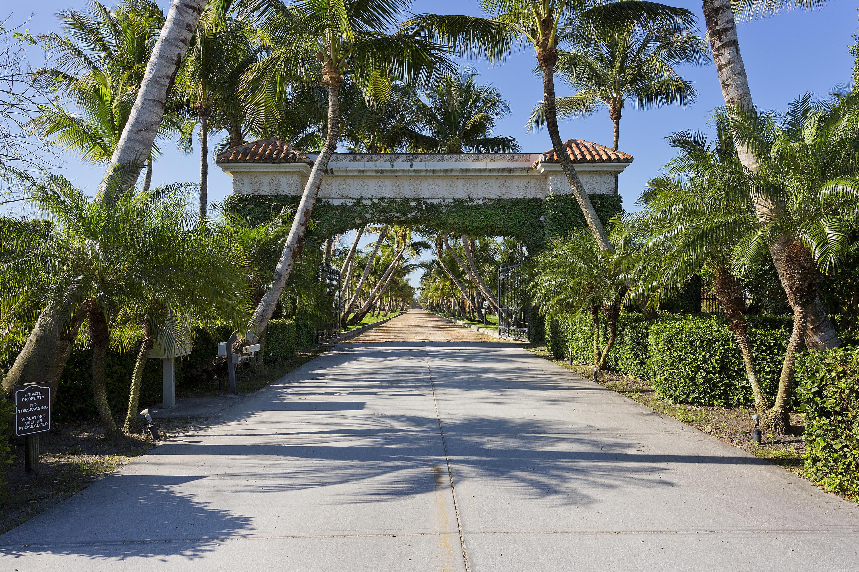 5420 Las Palmas Avenue, Wellington, Florida 33449, 5 Bedrooms Bedrooms, ,6 BathroomsBathrooms,Single Family,For Sale,Las Palmas,RX-10352074