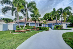 926 SW 37 Court, Boynton Beach, FL 33435